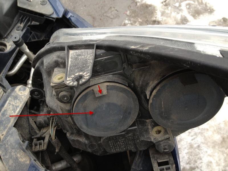 Как поменять лампочку на форд фокус 2 видео